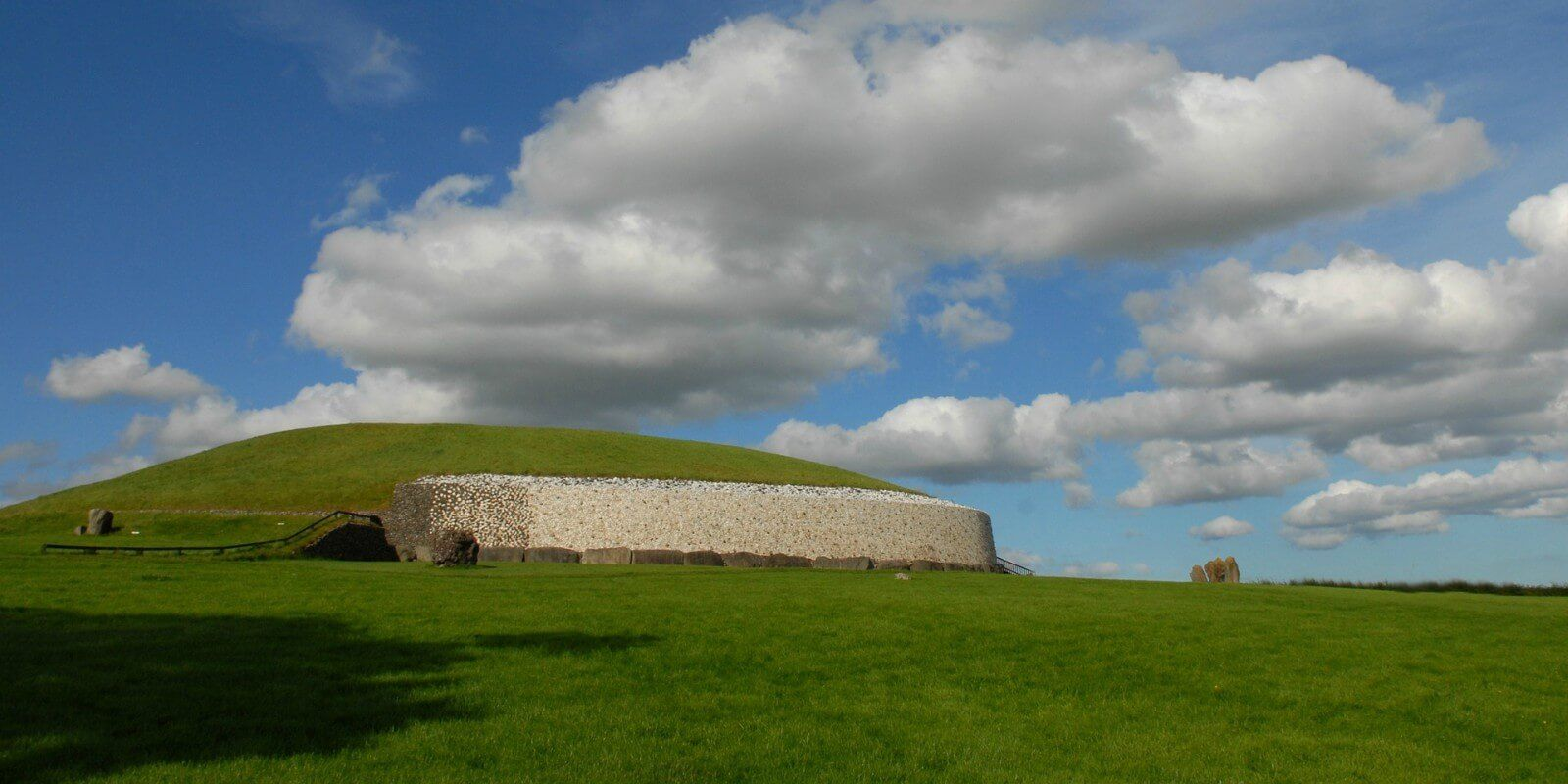 Newgrange in the Boyne Valley is a 5000 year old Passage Tomb famous for the Winter Solstice illumination which lights up the passage and chamber at sunrise